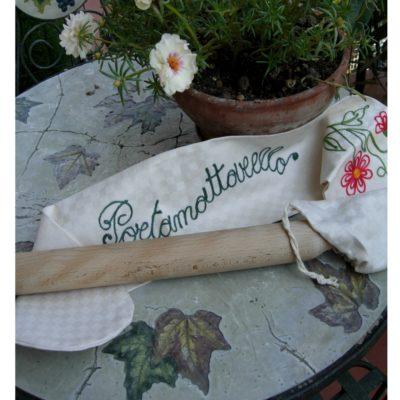 Idee regalo portamattarello ricamato in cotone personalizzabile