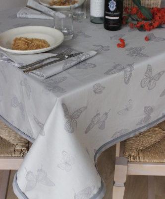 Tovaglia copritavolo fiandra disegno farfalla cotone h cm300